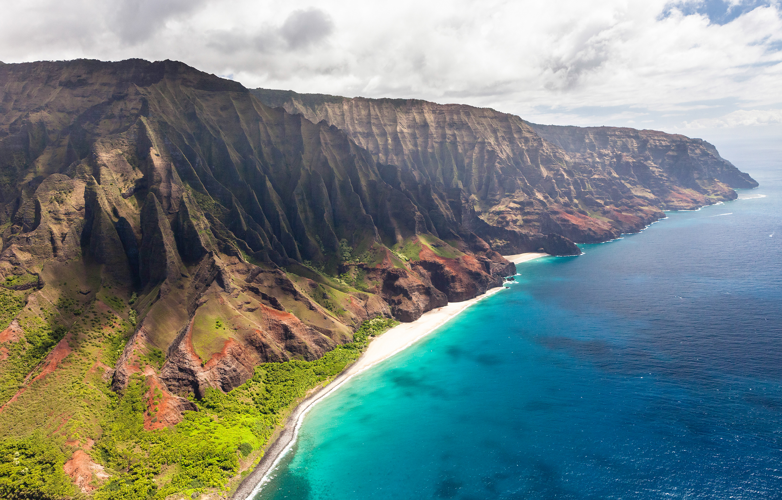 Na_Pali_Coast,_Kauai,_Hawaii.jpg